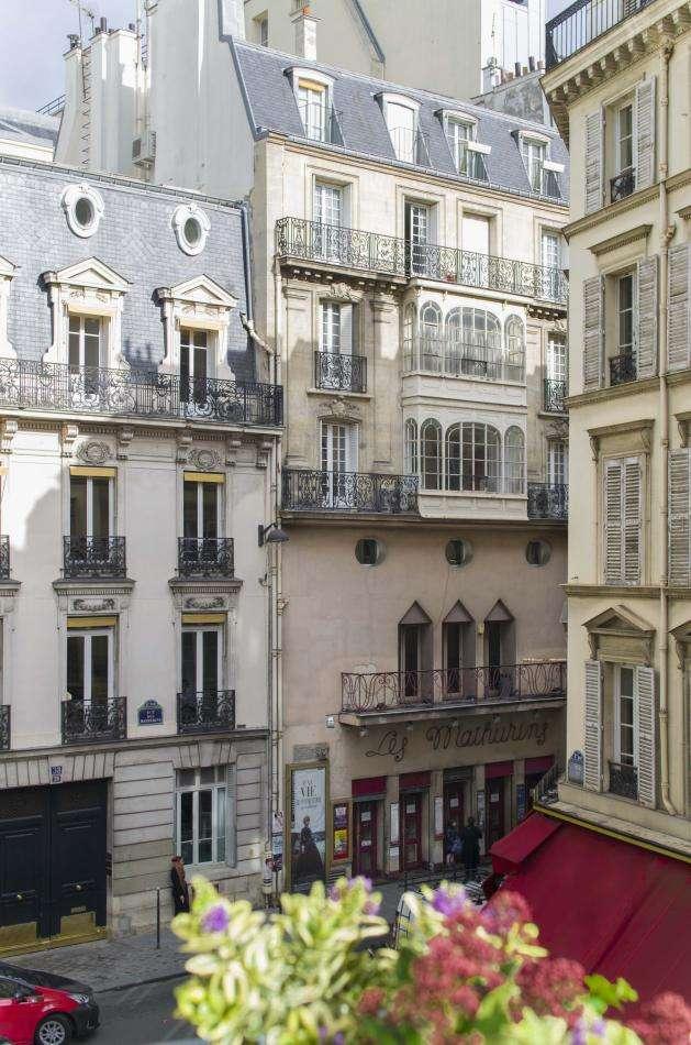 Deluxe premium balcony room
