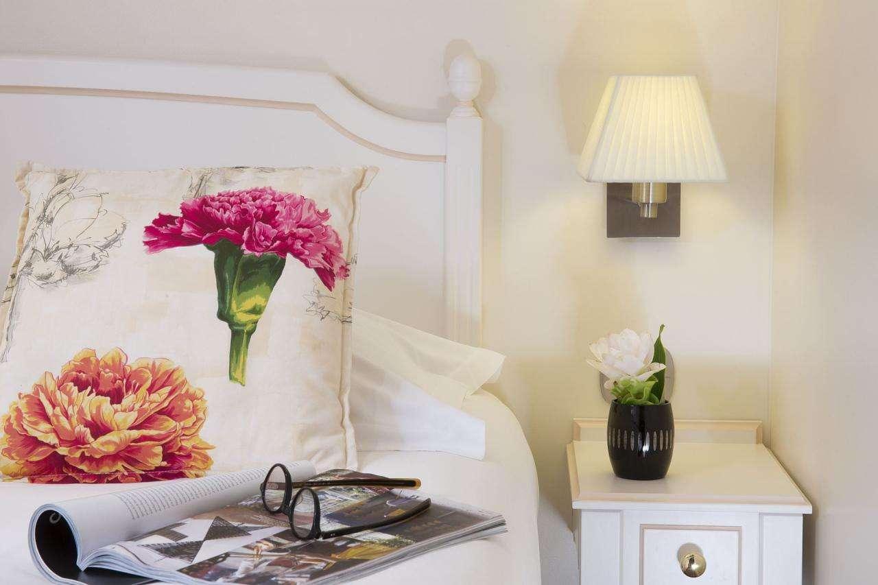 Classique single room