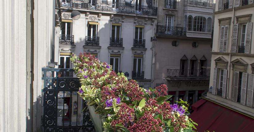 Hôtel Queen Mary - room